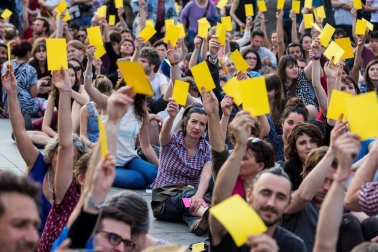 Ecolo-Groen augmente le pouvoir des citoyens de faire la loi